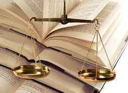 5 libro y balanza