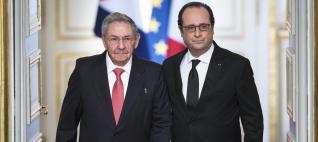 Raúl Castro y Hollande en el Elíseo.
