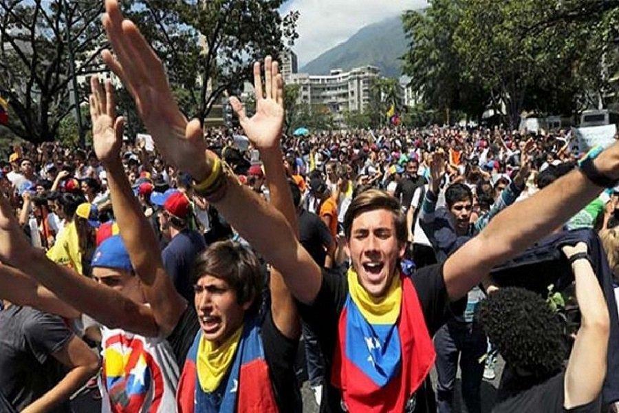 Vladimir Gessen: Venezolanos pusieron a Maduro al descubierto